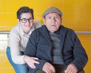 Antonio junto a Ana, directora de la residencia de ASPAPROS