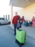 Manuel fue el primero en salir a guardar su maleta
