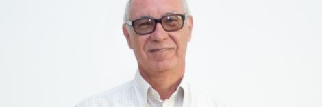 Vocal, Juan Manuel Carmona García: Jubilado, es miembro de la organización desde enero de 2014 y de la junta directiva desde abril de 2014. Pertenece al Comité de Ética de ASPAPROS desde su puesta en funcionamiento. Es padre de una hija con discapacidad intelectual.