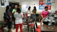 En la cafetería de la asociación una vez finalizada la visita a las instalaciones