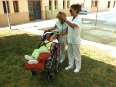 Marta Puertas, premiada por Ana Ramirez y Brauli Lorenzo